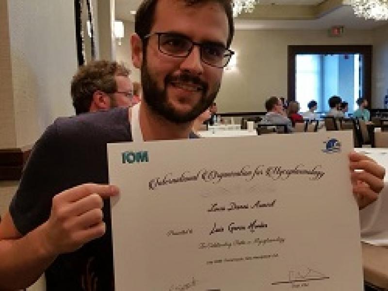 Luis Garcia Morales is awarded the Louis Dienes award